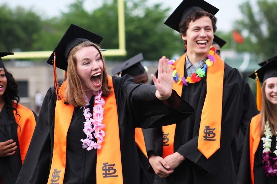 Echo seniors graduate