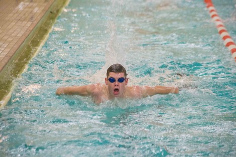 Boys' swimming to compete in first meet