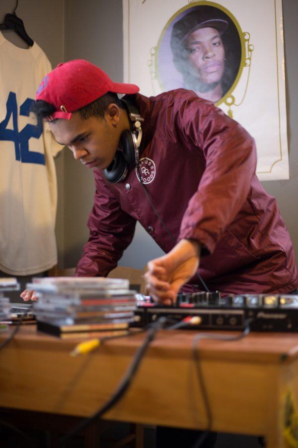 Junior DJ prepares for Sno Daze