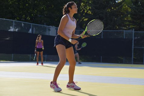 Girls' tennis prepares for individuals