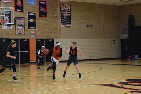 Girls' basketball team starts season off right