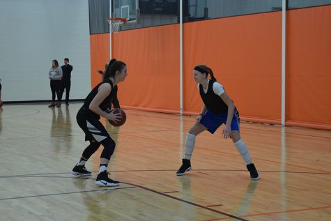 Girls' basketball continues practices