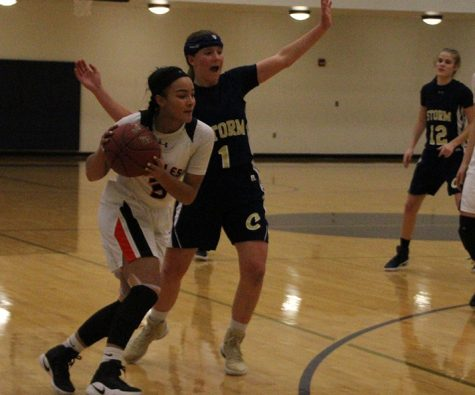 Girls' basketball loses to Chanhassen