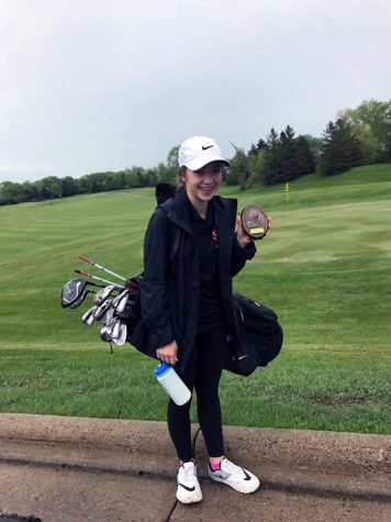 Girls' golf plays in tournament style match