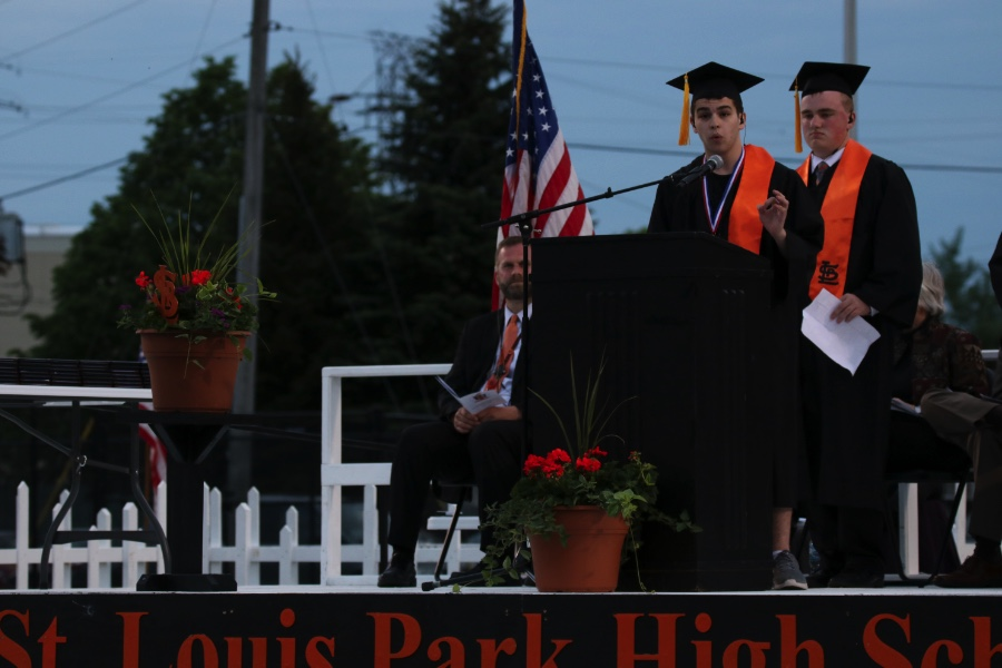 Valedictorian+Sam+Orloff+speaks+about+the+structure+of+Park%27s+high+school+building.+There+were+five+valedictorians+in+the+2017+graduating+class.