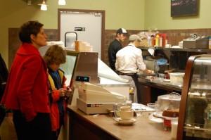 Kosher restaurant brings variety to community