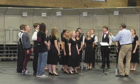 Park Singers practice singing their songs before the concert Oct. 27.