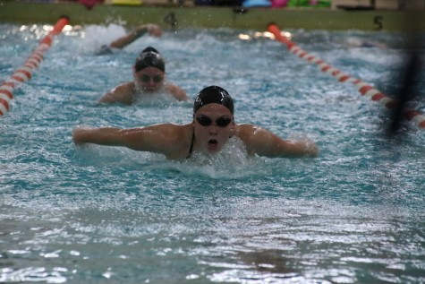 Girls' swimming aims to advance to state