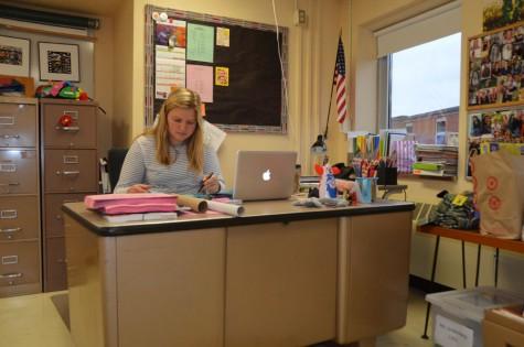AP psychology teacher Sarah Lindenberg works at her desk Nov. 5. District scheduling removed the first quarter grading day and school remains in session Nov. 6.