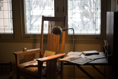 Architect William Gray Purcell and George Grant Elmslie designed the Purcell-Cutts House in 1913. They included a little desk for studying for Purcell's children.
