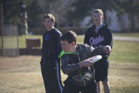 Leaders share enthusiasm for Frisbee