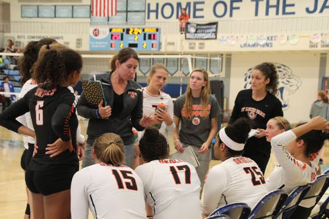 Volleyball loses to Bloomington Jefferson