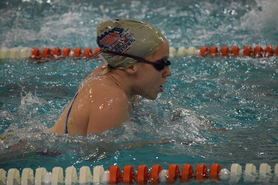 Freshman+Franny+Bevell+practices+her+breaststroke+for+the+swim+team%27s+upcoming+Sections.+Varsity+Sections+will+take+place+at+6+p.m.+Nov.+9+and+11+at+St.+Kate%27s+University.