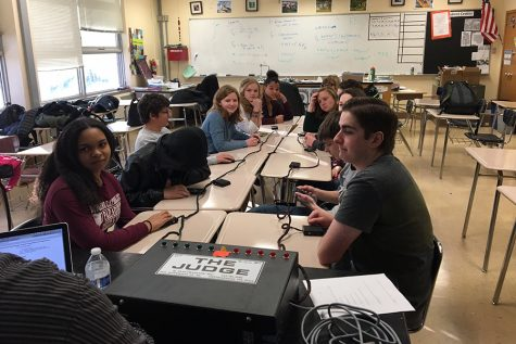 Quiz Bowl prepares for upcoming competitions