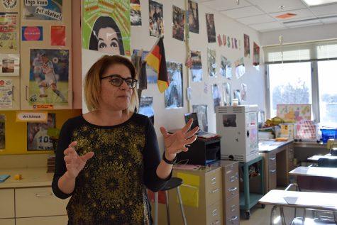 Teacher wears black in protest