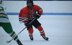 Senior commits to play Division I hockey