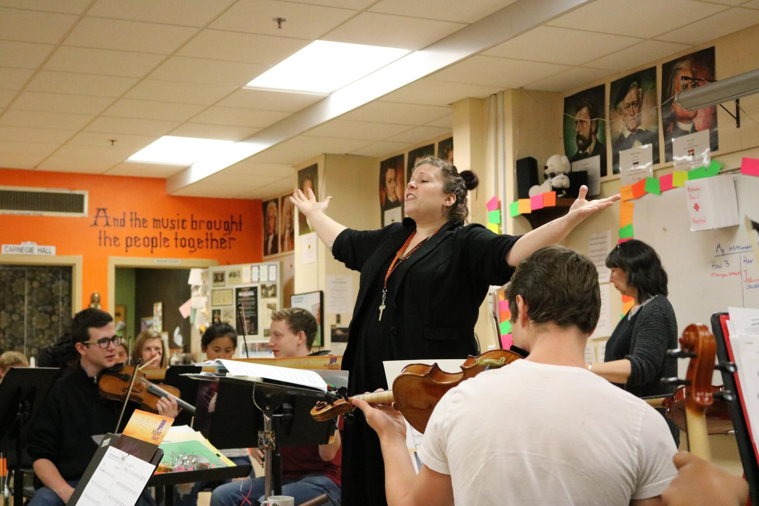 Miriam Edgar conducts fifth hour orchestra class.