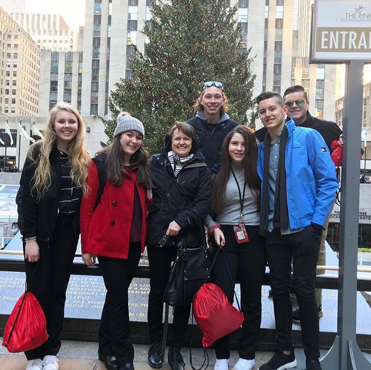 The+DECA+students+visit+the+Rockefeller+Center+during+their+trip+to+New+York.+Students+went+on+different+excursions+touring+the+city%2C+both+individually+and+together.