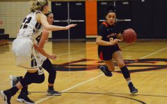 Girls' basketball remains undefeated