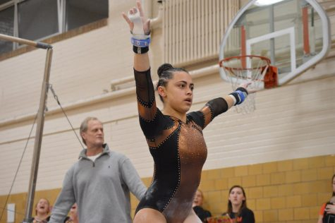 Gymnastics celebrates senior night