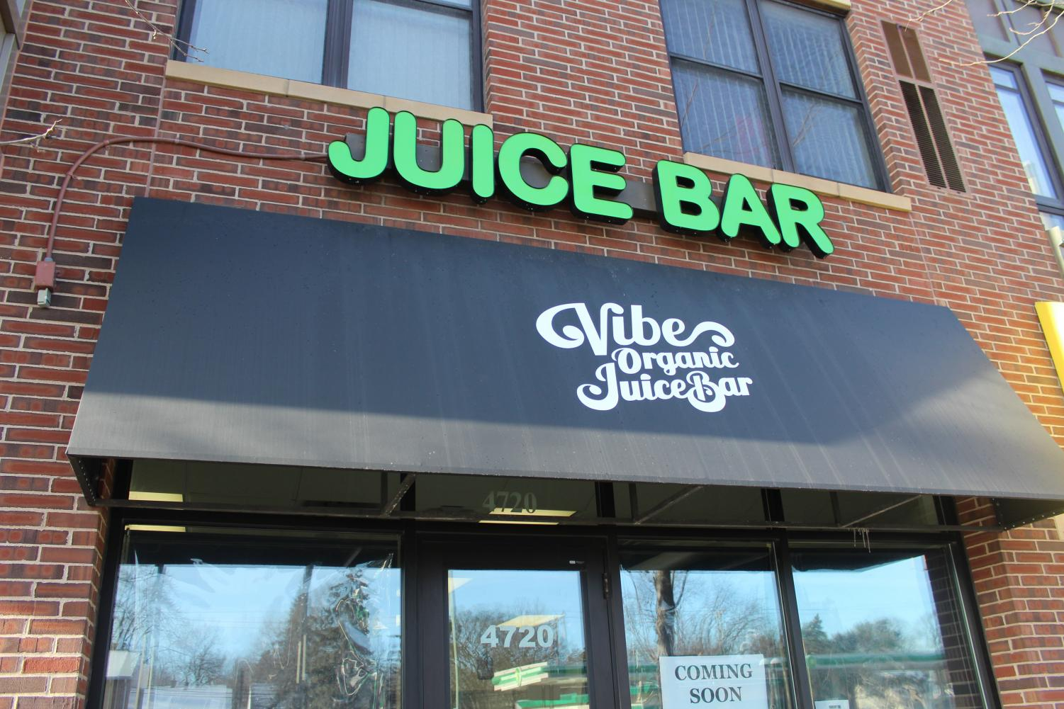 Vibe Organic Juice Bar opens on Excelsior blvd March 19. The juice bar will serve a variety of juices and organic foods.