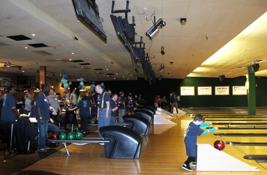 The Park Natural Helpers helped out wth the Bowl-A-Thon fundraiser at Park Tavern on April 21.
