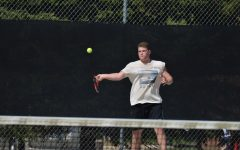 Boys' tennis prepares for first Sections match against Apple Valley