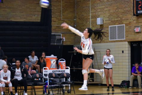 Girls' volleyball wins first match of the season