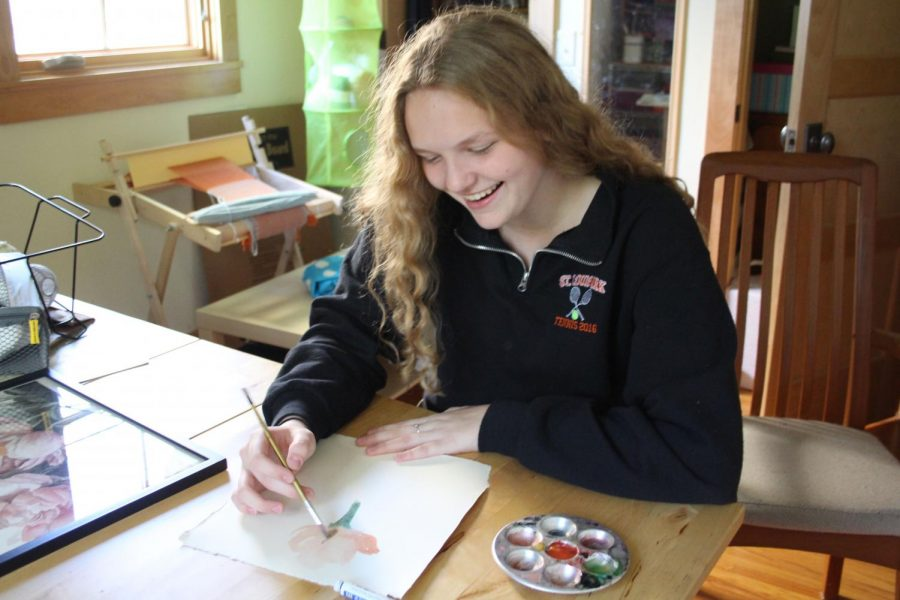 Senior+Ilsa+Olsen+practices+her+painting+skills+after+school+Sept.+18.+Olsen+won+third+place+for+her+watercolor+art+piece+at+the+State+Fair.+
