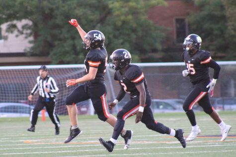 Football prepares for game against Benilde