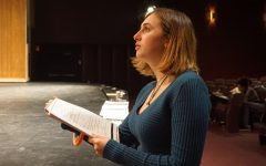 Stage manager for '9 to 5 the Musical' works towards success