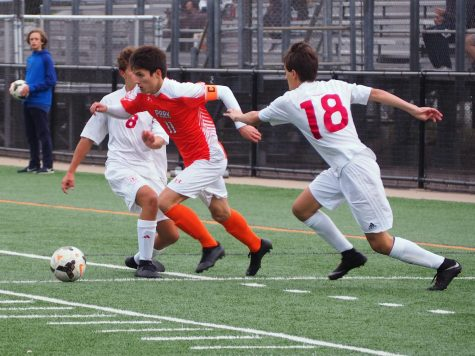 Boys' soccer prepares to play top ranked team in state