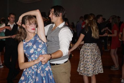 Swing dancing at Ukrainian Center open to all