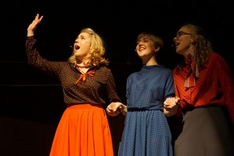 Theater prepares for opening night of '9 to 5 the Musical'