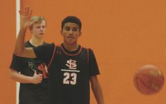 Boy's basketball prepares for first game against Burnsville