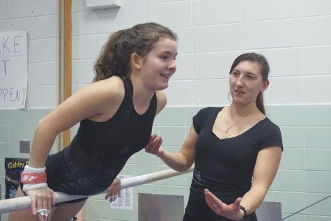 Gymnasts to face White Bear Lake in meet
