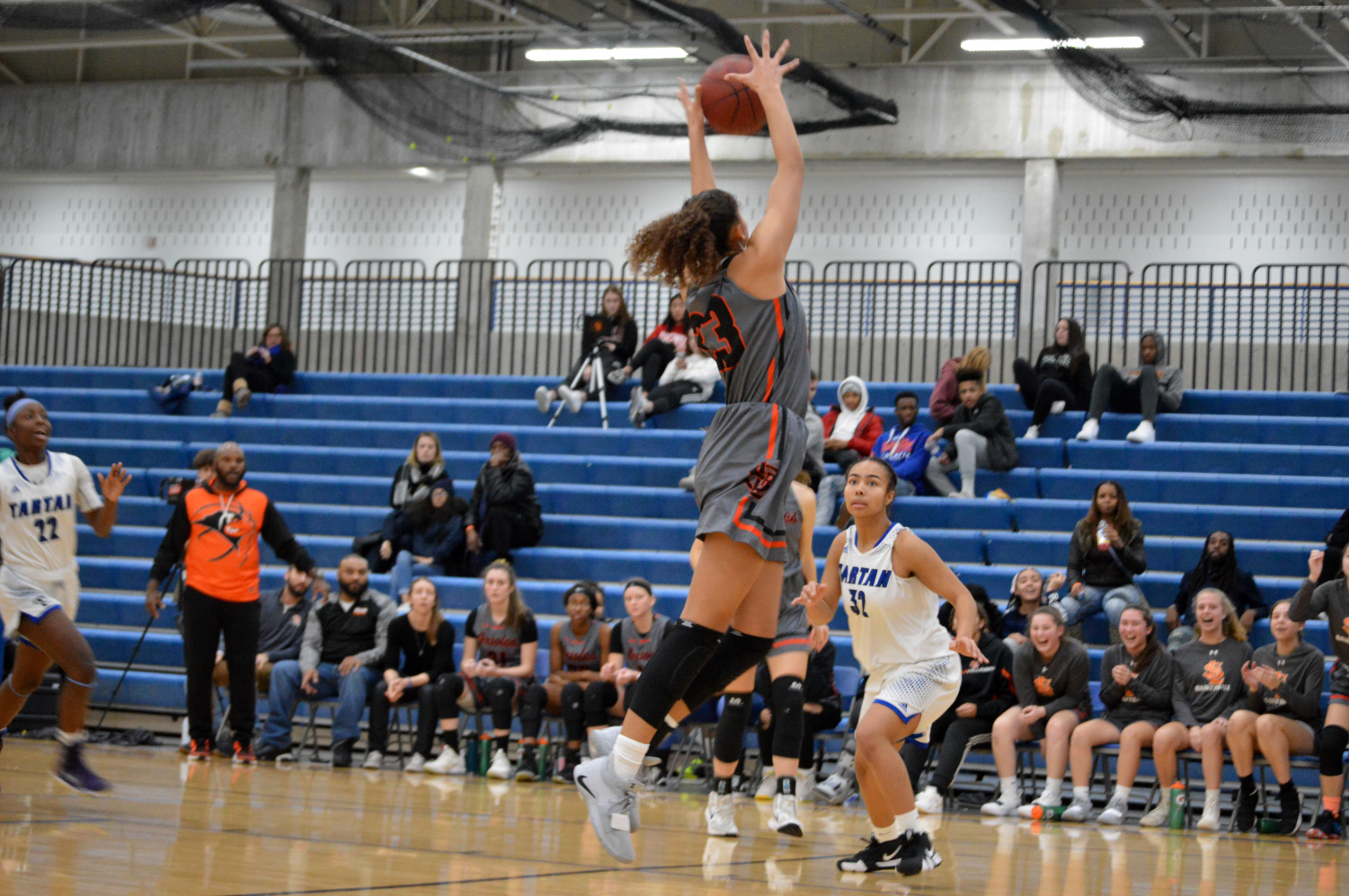 Sophomore Reagan Alexander catches pass over Tartan defender. Parks second victory of the season was during the Breakdown Tip-off Classic tournament.