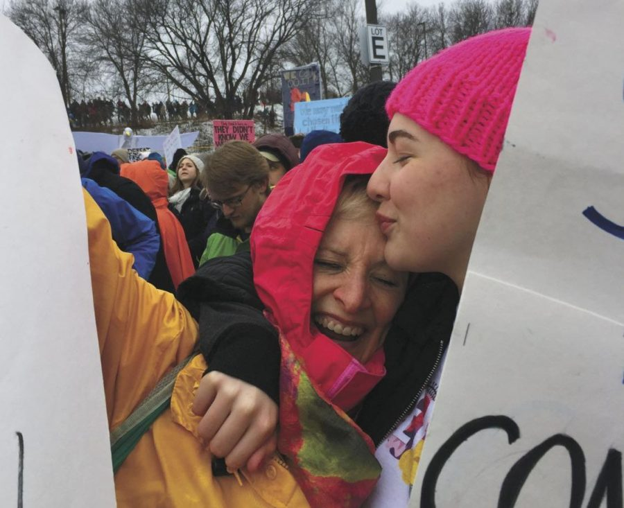 Women+United%3A+Senior+Emma+Kempf+hugs+her+mom%2C+Mary+Beth+Lamb%2C+during+the+2016+Women%E2%80%99s+March+at+the+Min-+nesota+State+Capitol+Jan.+21-22%2C+2016.+There+will+be+another+Women%E2%80%99s+March+Jan.+19+at+the+United+States+Capitol+as+well+as+State+Capitols.
