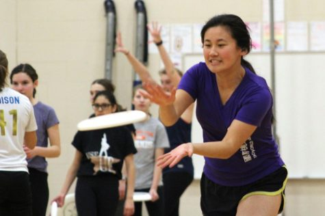 Girls' ultimate prepares for outdoor season
