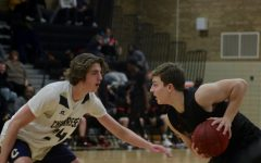 Boys' basketball loses nine-game winning streak