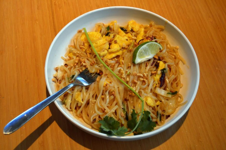 The+pad+thai+from+Noodles+%26+Company+in+St.+Louis+Park+received+two+out+of+five+stars.+