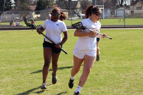 Girls' lacrosse loses to Hopkins