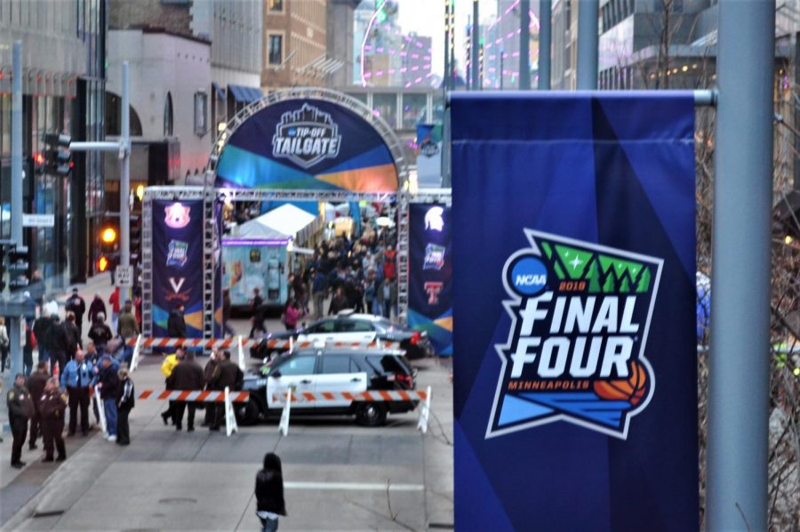 The+entrance+of+the+2019+NCAA+Tip-Off+Tailgate+is+located+at+Nicollet+Mall%2C+and+spans+past+11th+street%2C+where+the+main+stage+is+located.+The+Tailgate+will+occupy+Nicollet+Mall+throughout+the+weekend+while+the+final+games+are+played.+
