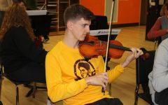 Senior gets full ride for musical talent