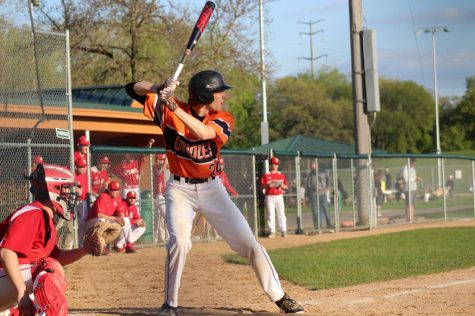 Baseball falls to Benilde