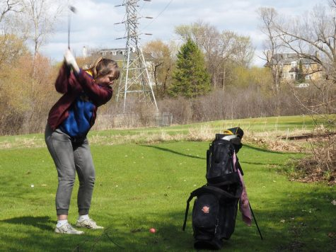 Girls' golf suffers loss to Southwest