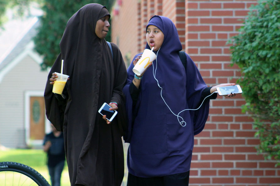 Seniors Hibo Salah and Zamzam Abdullahi walk back from McDonalds during 3rd lunch. The open campus policy for the 2020-21 school year will be updated to no longer allow seniors to leave campus.
