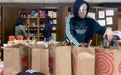 Birdfeeder provides meals for Thanksgiving