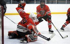 Boys' hockey loses to Minneapolis