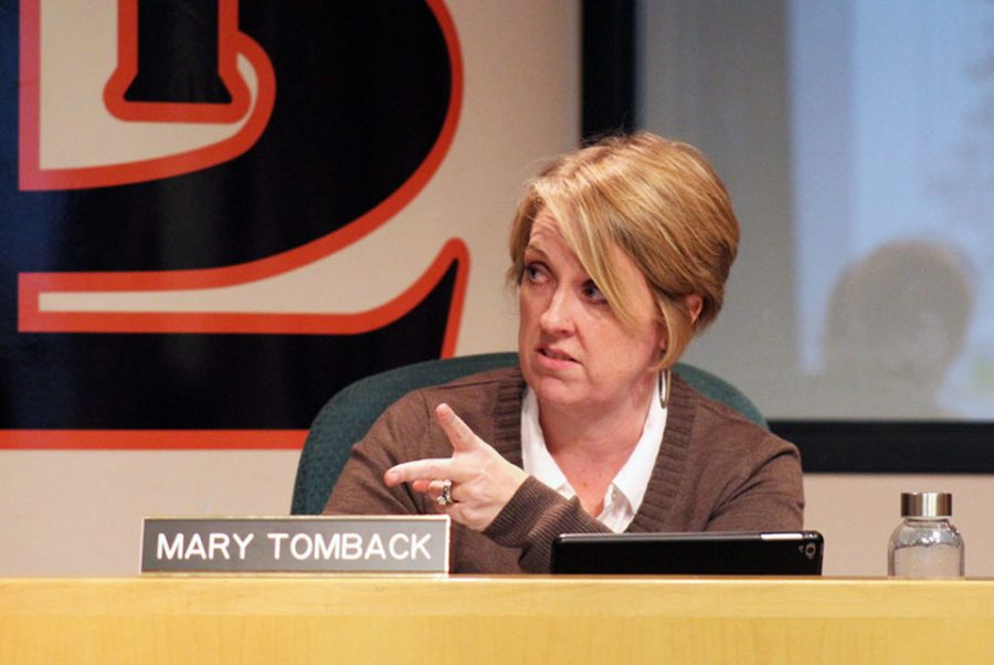 Mary Tomback suggests alternate schedule options for the 2020-2021 and 2021-2022 school years during the school board meeting Jan. 27 in C350. Winter break for the 2020-2021 school year will be a week and a half instead of two weeks, following the precedent set by the 2019-2020 school year.